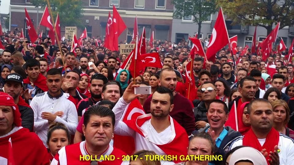 HOLLAND TURKS